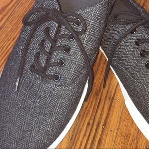 Brand NEW dark gray lace up fabric sneakers!